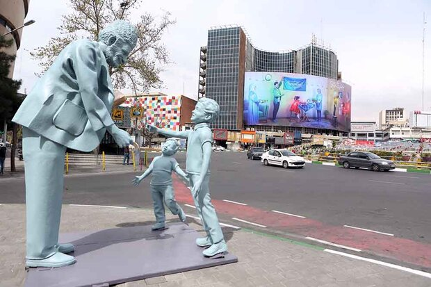 معمای حذف و جابهجایی مجسمههای تهران/ فستیوالیها حذف میشوند