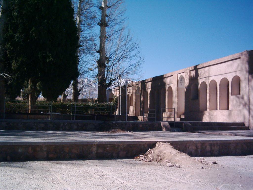 قسمت دیگری از باغ شاهزاده